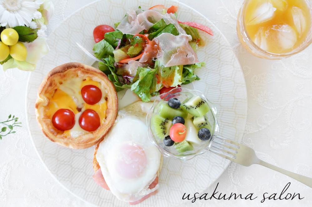 ポーセラーツの食器で朝食IMG_4510